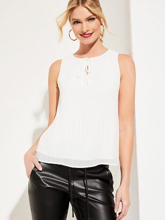 Comma sleeveless top
